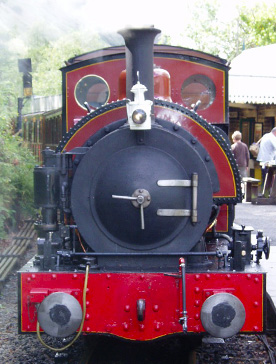 Tal y llyn railway train